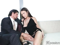 Beautiful brunette Dillion Harper gets excited with cunnilingus by Tommy Gunn